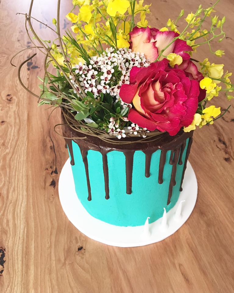 Travel Agency Website >> SCRUMPTIOUS SPECIALTY CAKES - HEADS UP LAUNCESTON